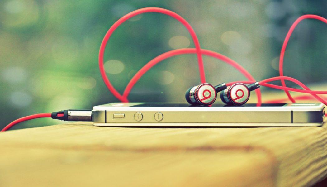 Apple buys Beats Music \m/
