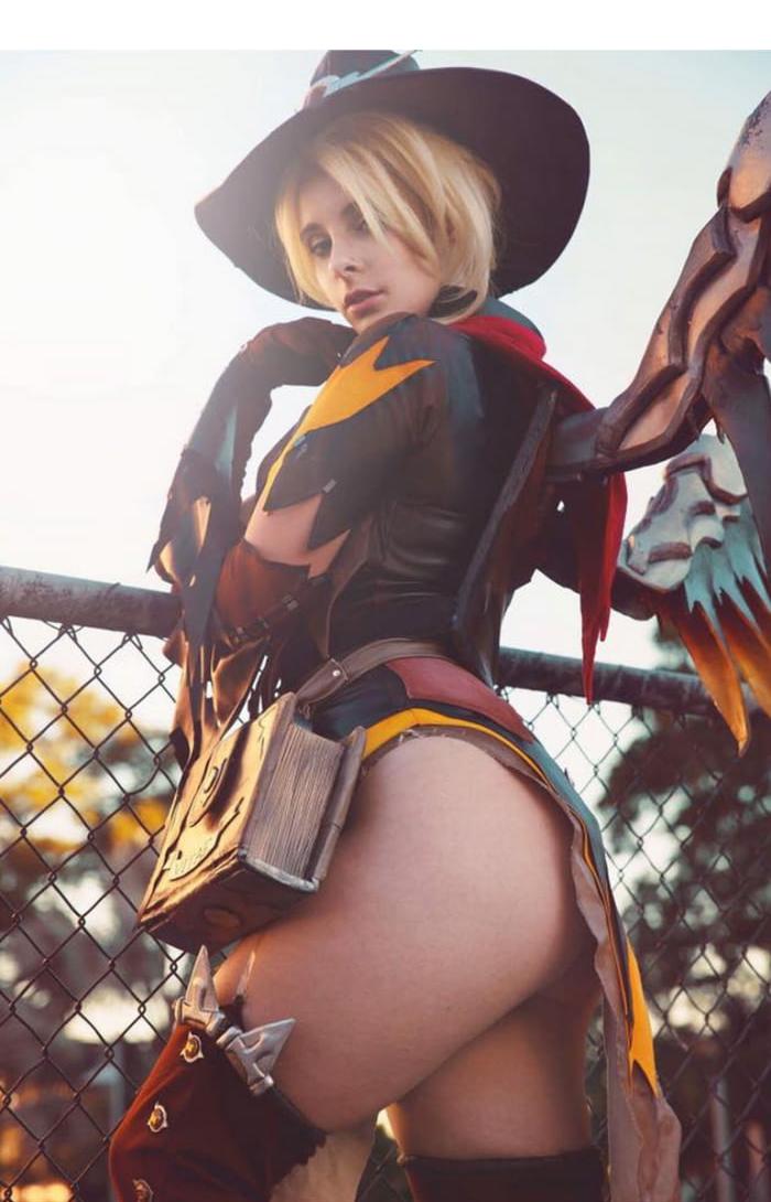 Nsfw overwatch cosplay
